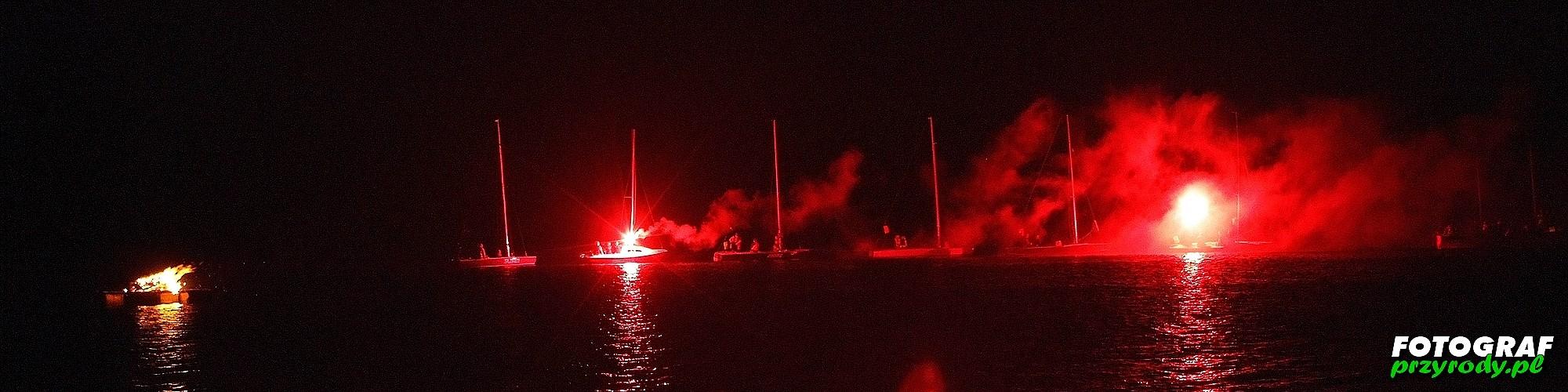 noc świętojańska na jeziorze Olecko